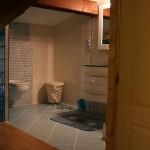 Salle de bains ouverte sur la chambre – Fréjus